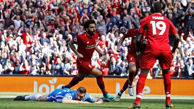 Mohamed Salah mencetak gol pertama Liverpool melawan Brighton.