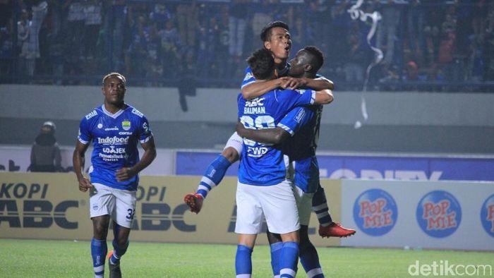 Laga Persib Bandung vs PSKC di Piala Indonesi ditunda. (Foto: Wisma Putra/detikcom)