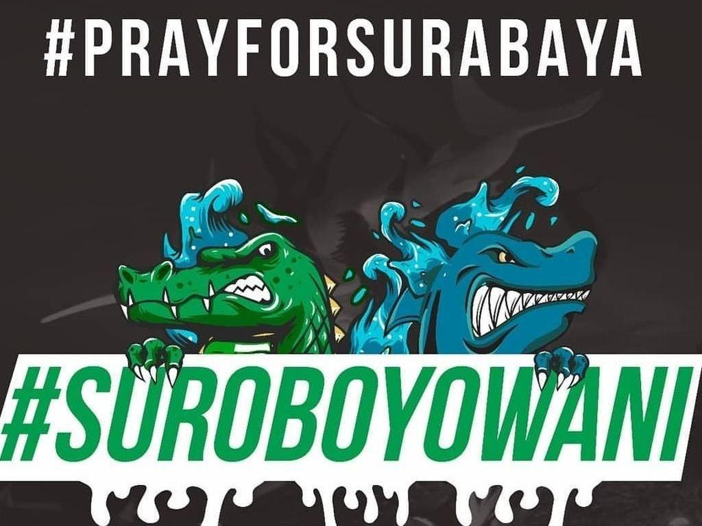 10 Meme Pembangkit Semangat Pasca Ledakan Bom Gereja Surabaya
