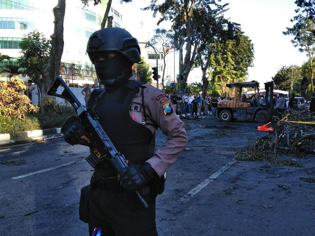 Kepsek Penyebar Hoax Bom Surabaya Jadi Tersangka