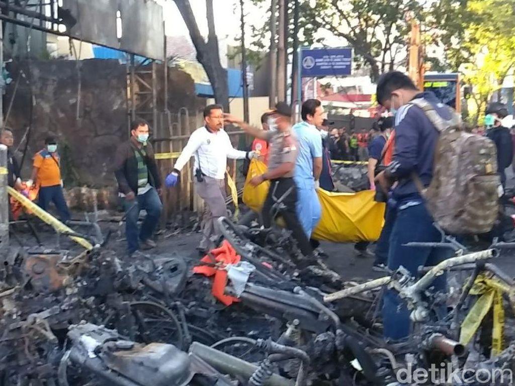 Sudah 12 Korban Bom Gereja Surabaya Diserahkan ke Keluarga