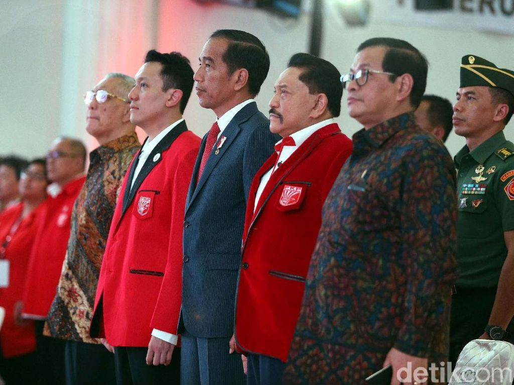 Jokowi Hadiri KLB PKPI di Cipayung