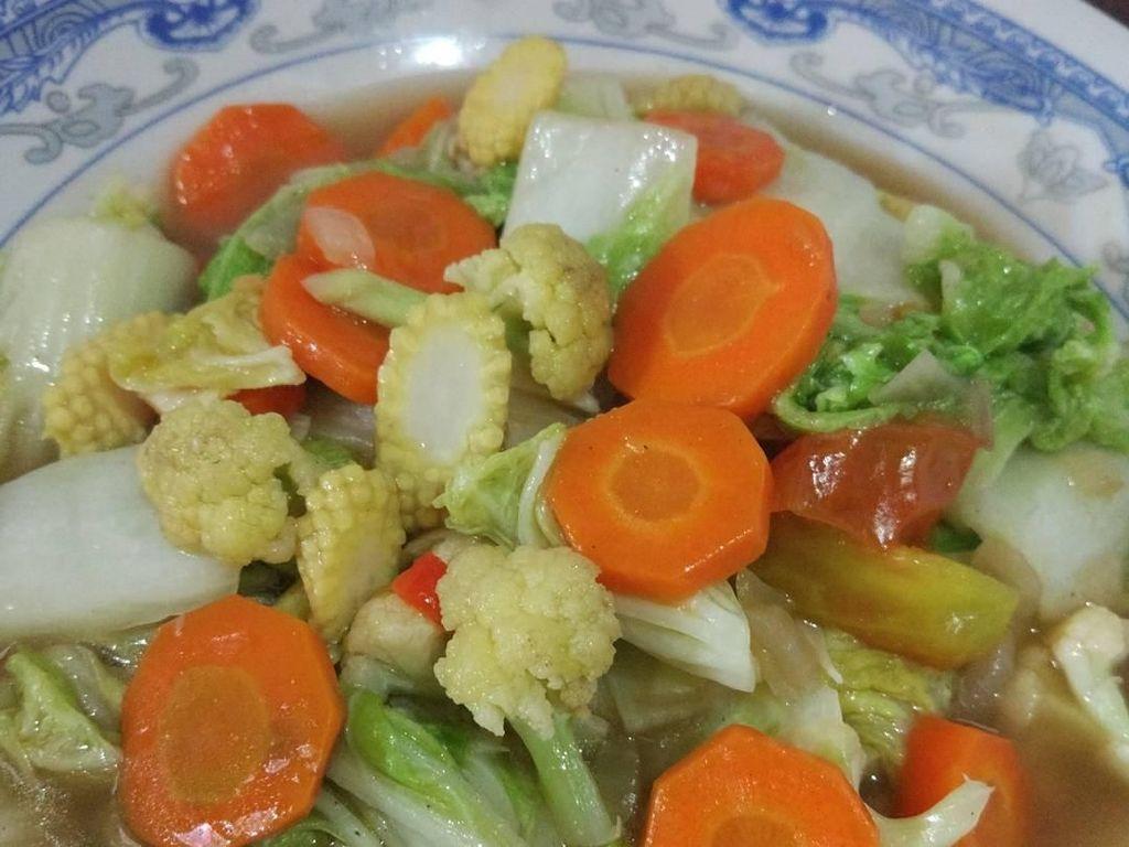 Renyah Segar, Cap Cay Pilihan Netizen untuk Makan Siang