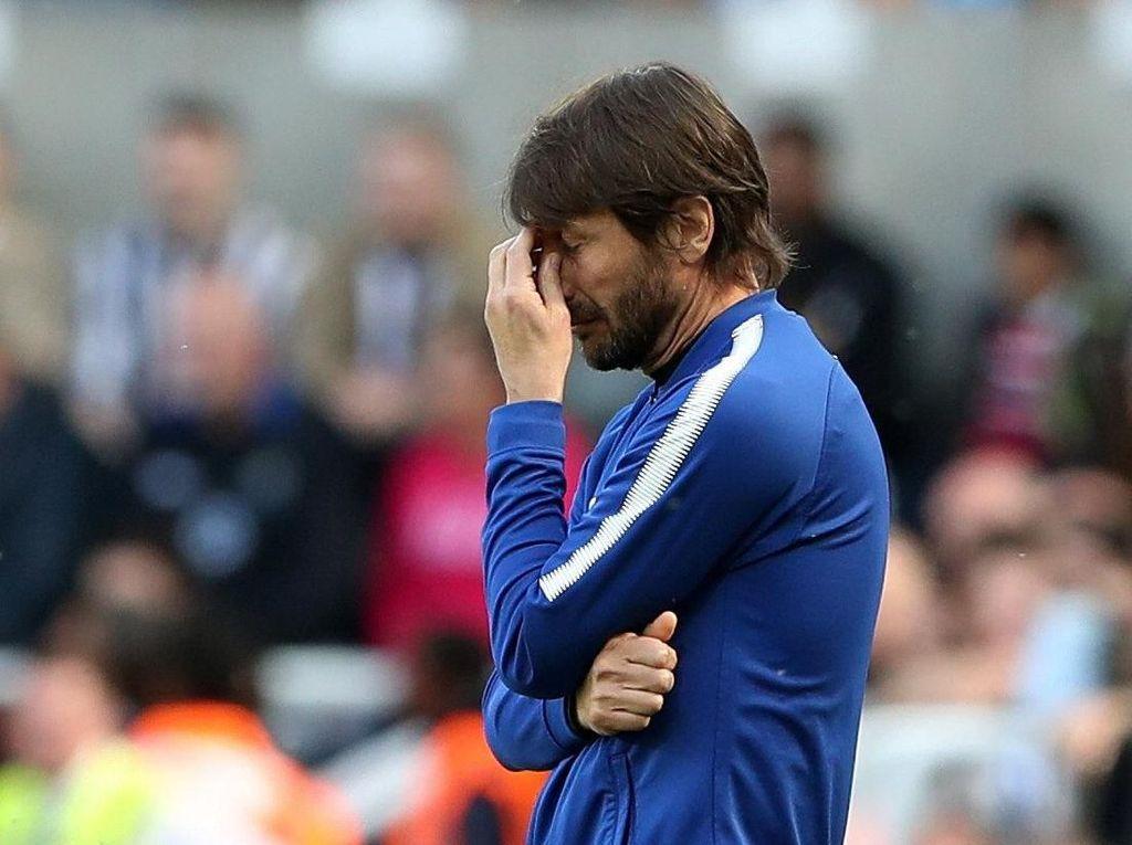 Soal Masa Depan Conte, Cahill Pasrah Saja dengan Keputusan Chelsea