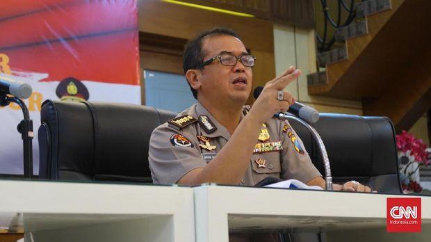 Kepala Bidang Humas Polda Jawa Timur Frans Barung Mangera.