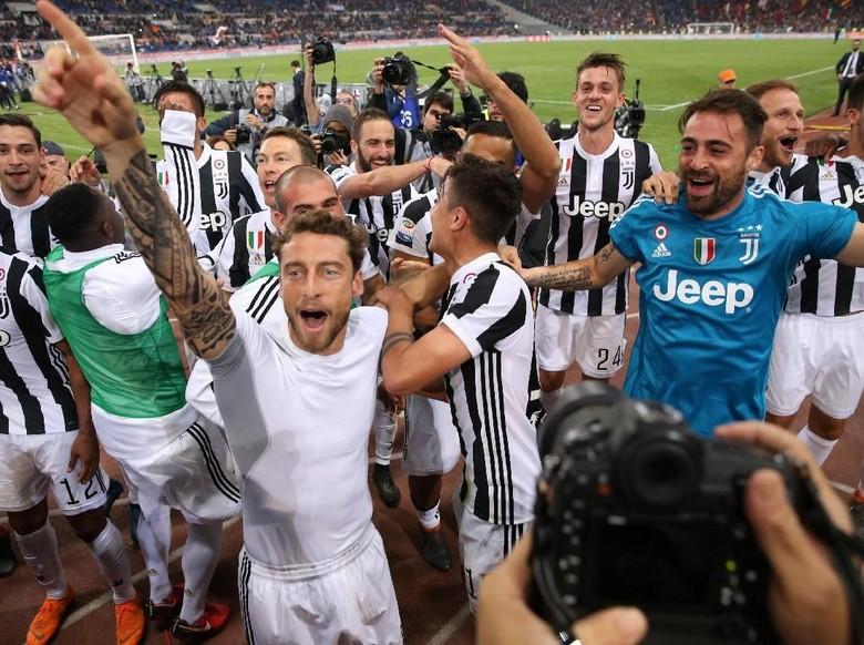 Juventus Raih Scudetto 2017/2018 Usai Berimbang dengan Roma