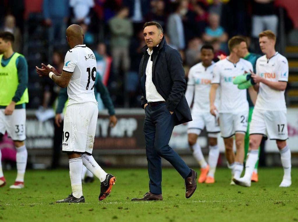 Swansea Jadi Tim Terakhir yang Degradasi