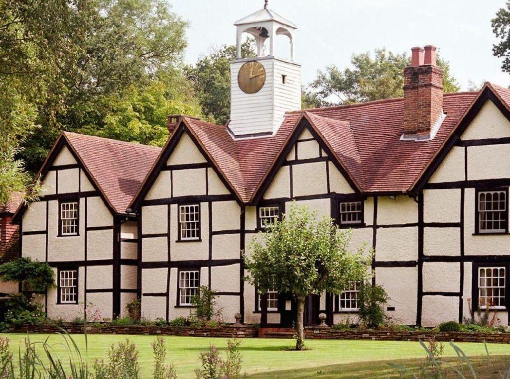 Ini Hotel Tempat Pangeran Harry Bermalam Sebelum Menikah