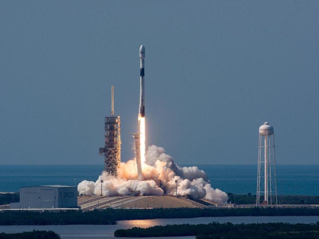 Menerawang Peluang Cuan dari Bisnis Keantariksaan seperti SpaceX, Tertarik?