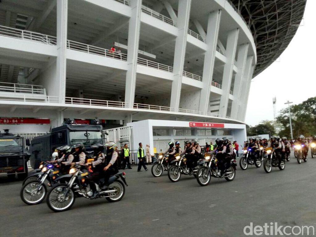 Foto: Pengamanan Berlapis di Laga Persija vs Home United