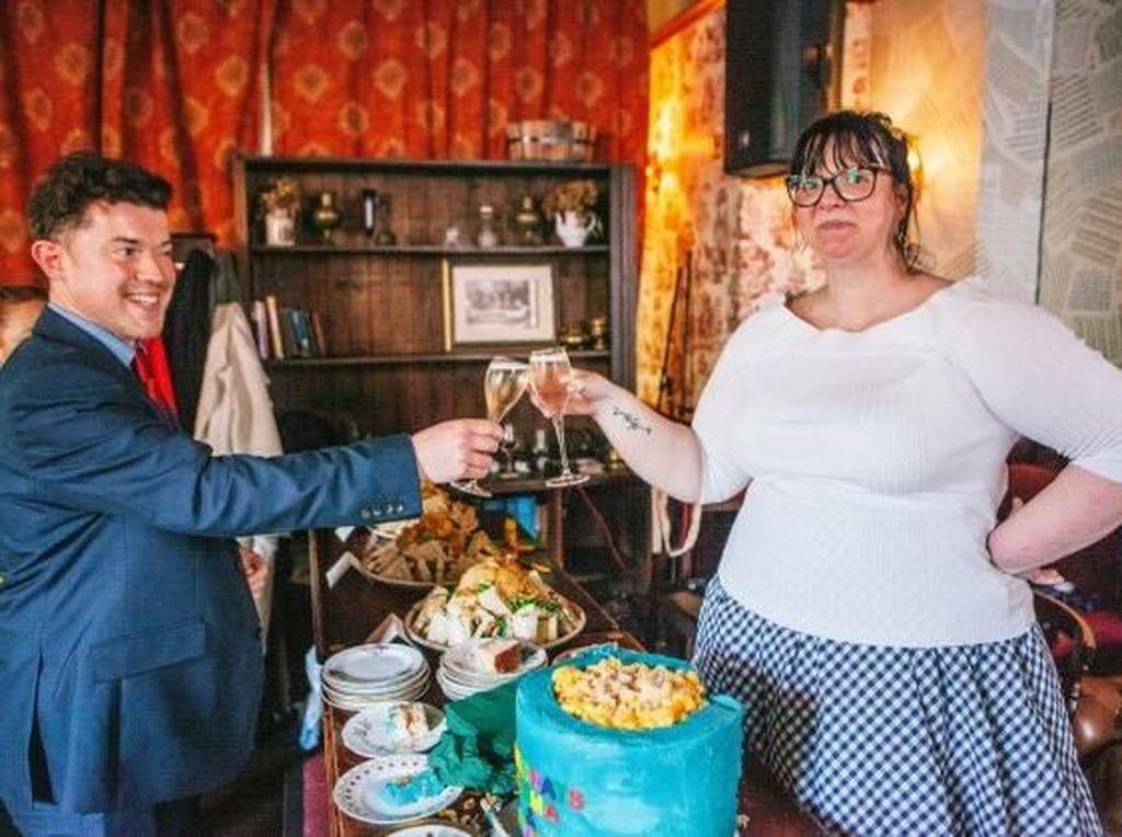 Mengintip Uniknya Pernikahan Mac and Cheese Pasangan Asal Skotlandia