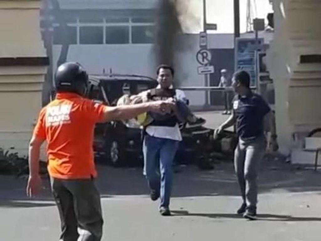 Aksi Heroik Polisi Selamatkan Anak Pengebom Polrestabes Surabaya