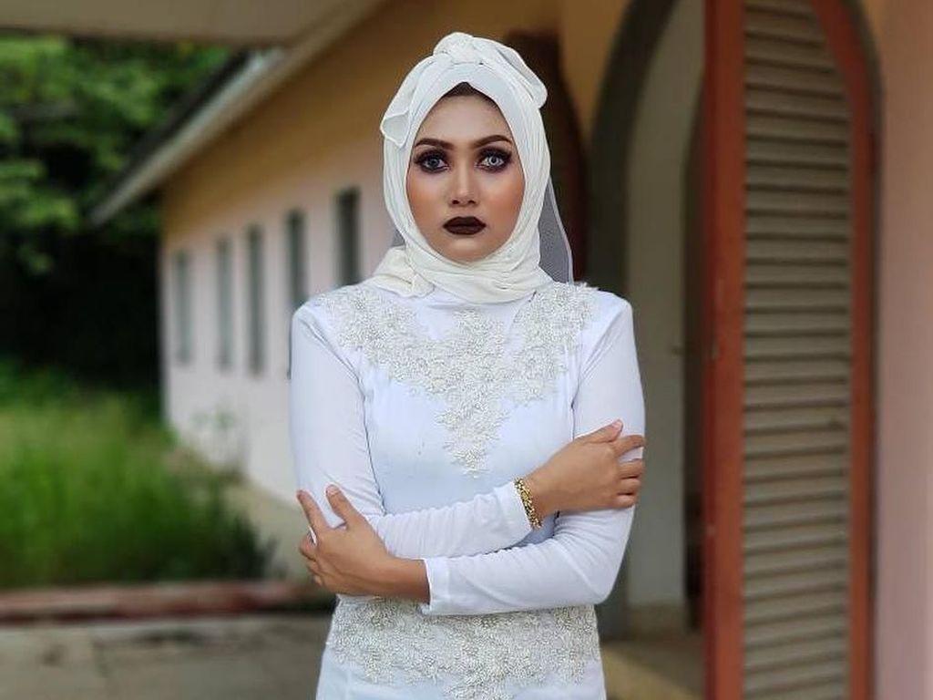 Foto: Viral Hijab Pocong Untuk Pernikahan, Berani Pakai?