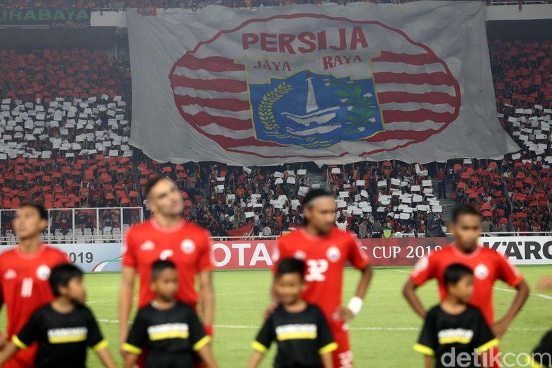Duka dan Kecewa Anies-Ridwan Kamil atas Tewasnya Suporter Persija