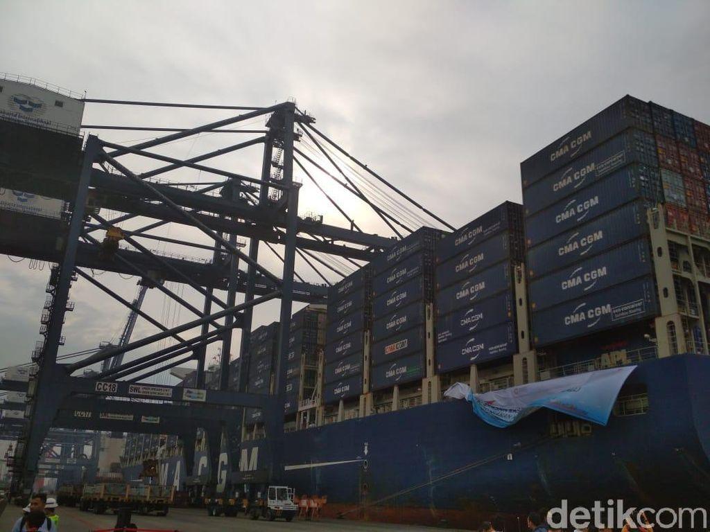Pengusaha Logistik Babak Belur Setelah Corona Hantam Ekspor-Impor