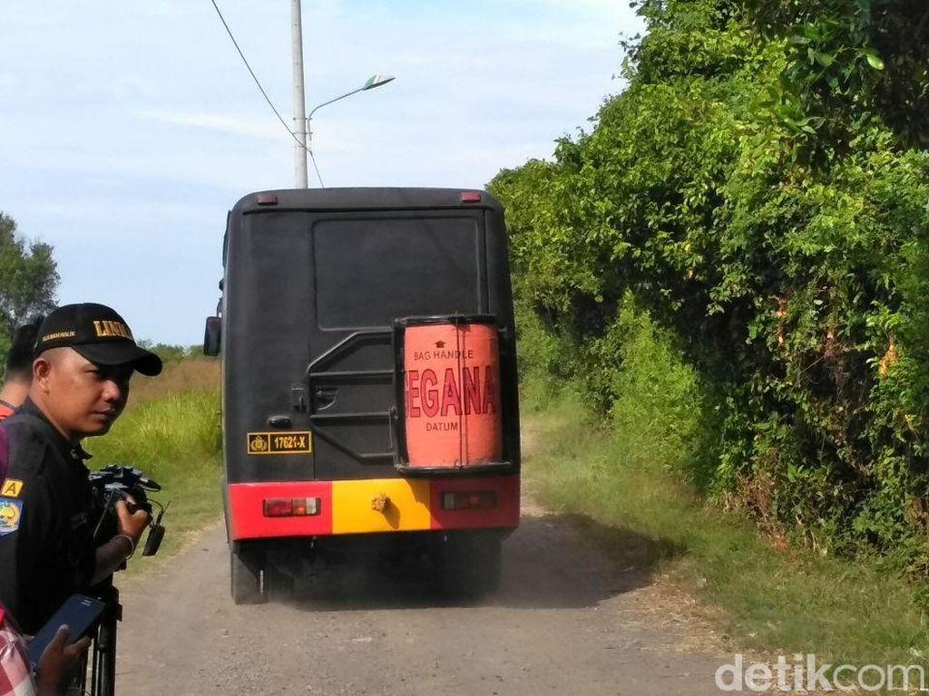 Puluhan Bom Ditemukan di Rumah Bomber Polrestabes Surabaya
