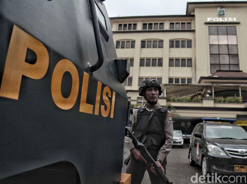 Polisi Buru Perampok Bercelurit di Minimarket Bekasi yang Gasak Rp 45 Juta