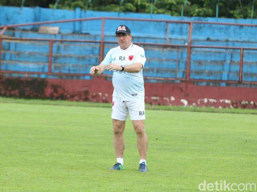 Siap Jalani Debut di Persib Lawan Borneo FC Besok, Robert Rene?