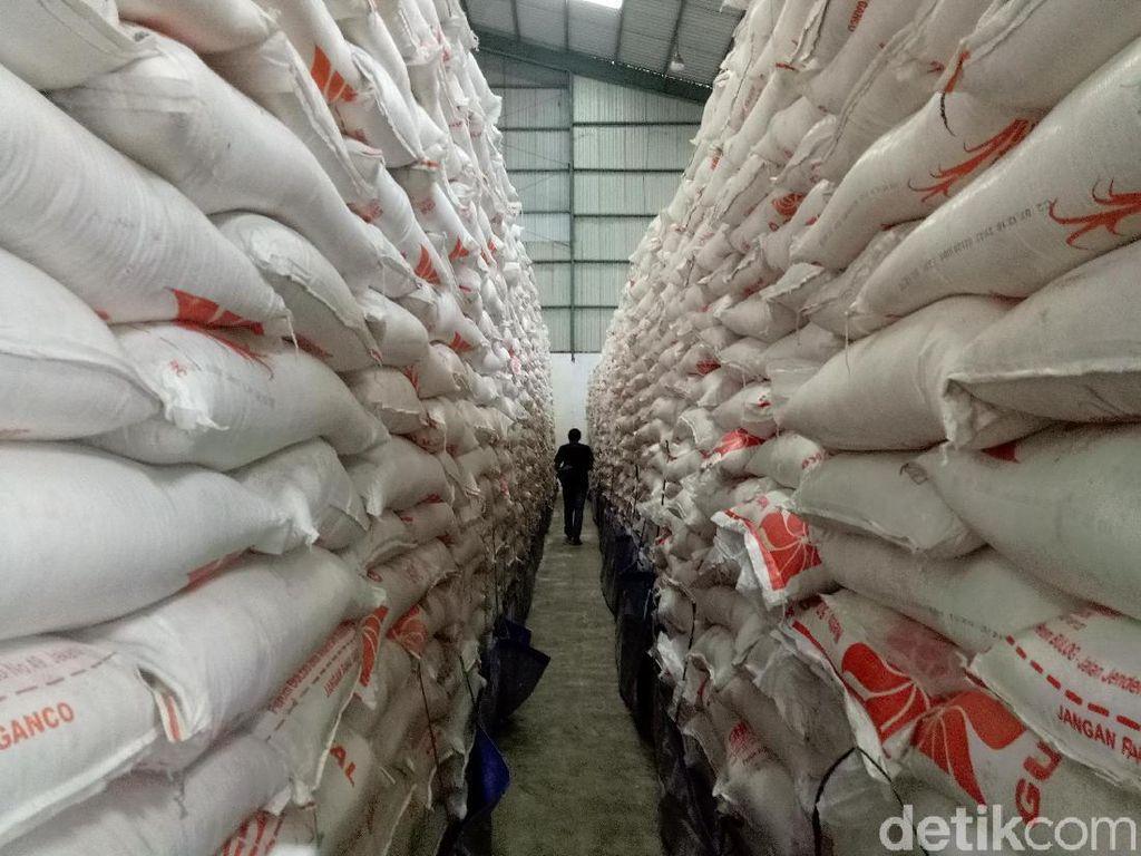 Bulog Siapkan 97.000 Ton Beras Amankan Pasokan Sulselbar