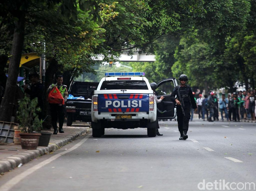 Benda-benda Mencurigakan yang Sukses Diamankan Polisi