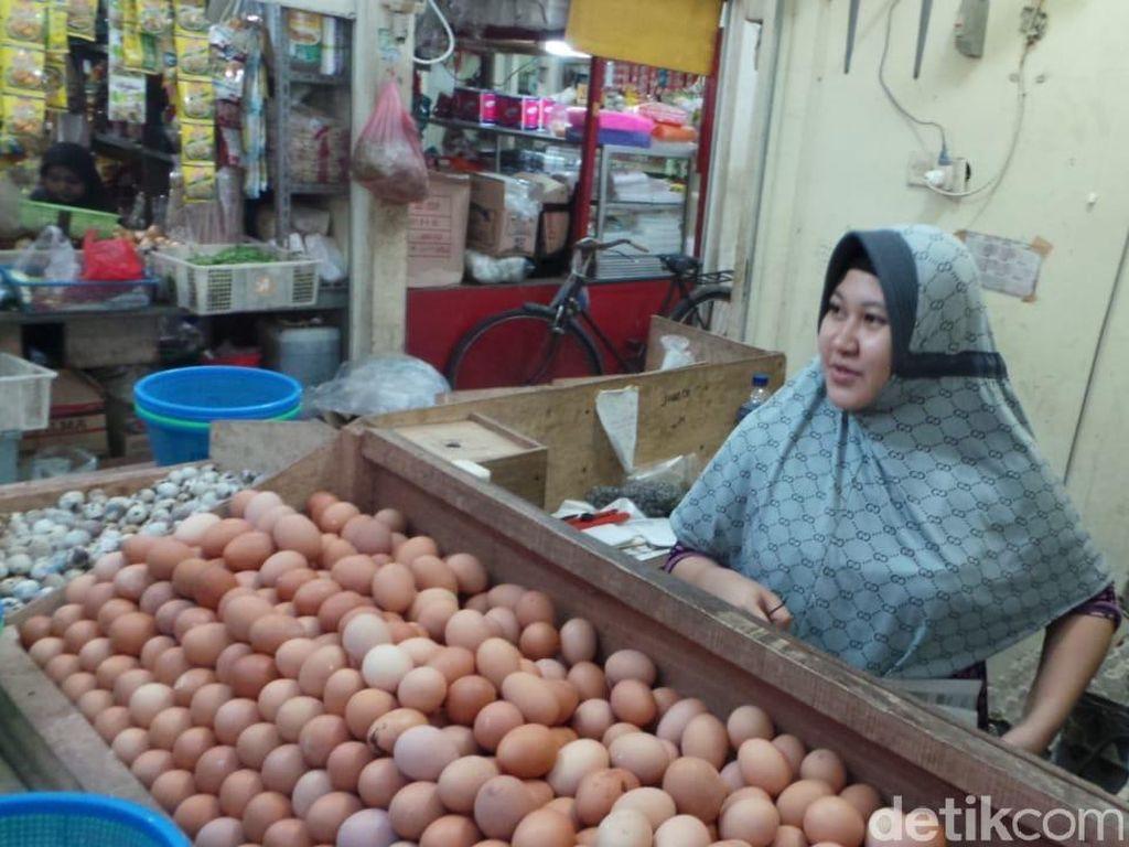 Telur hingga Daging Ayam Diprediksi Sumbang Inflasi Juli 0,25%