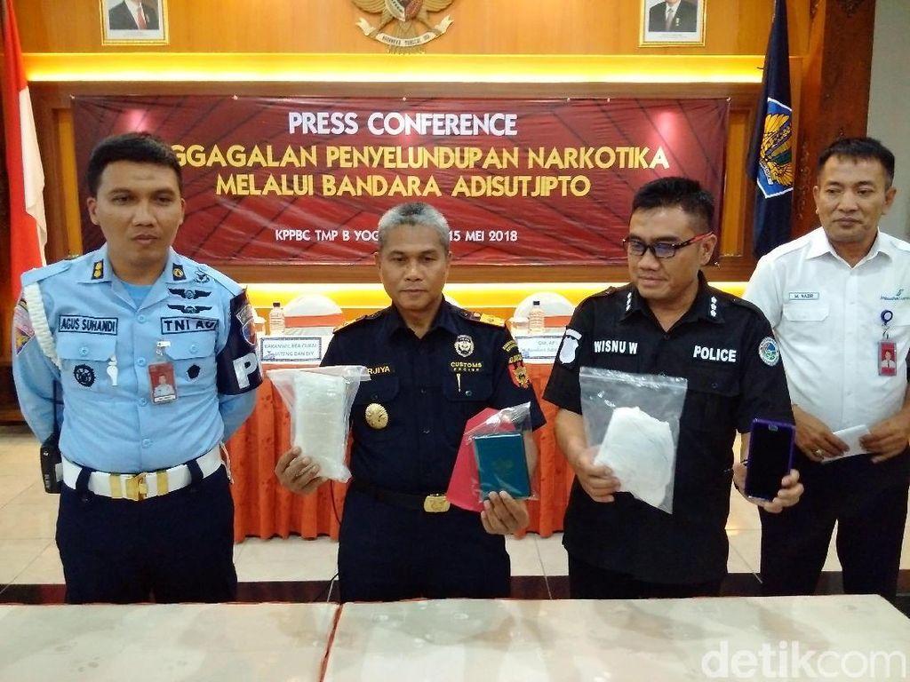 Penumpang AirAsia dari Malaysia Simpan 0,5 Kg Sabu dalam Popok