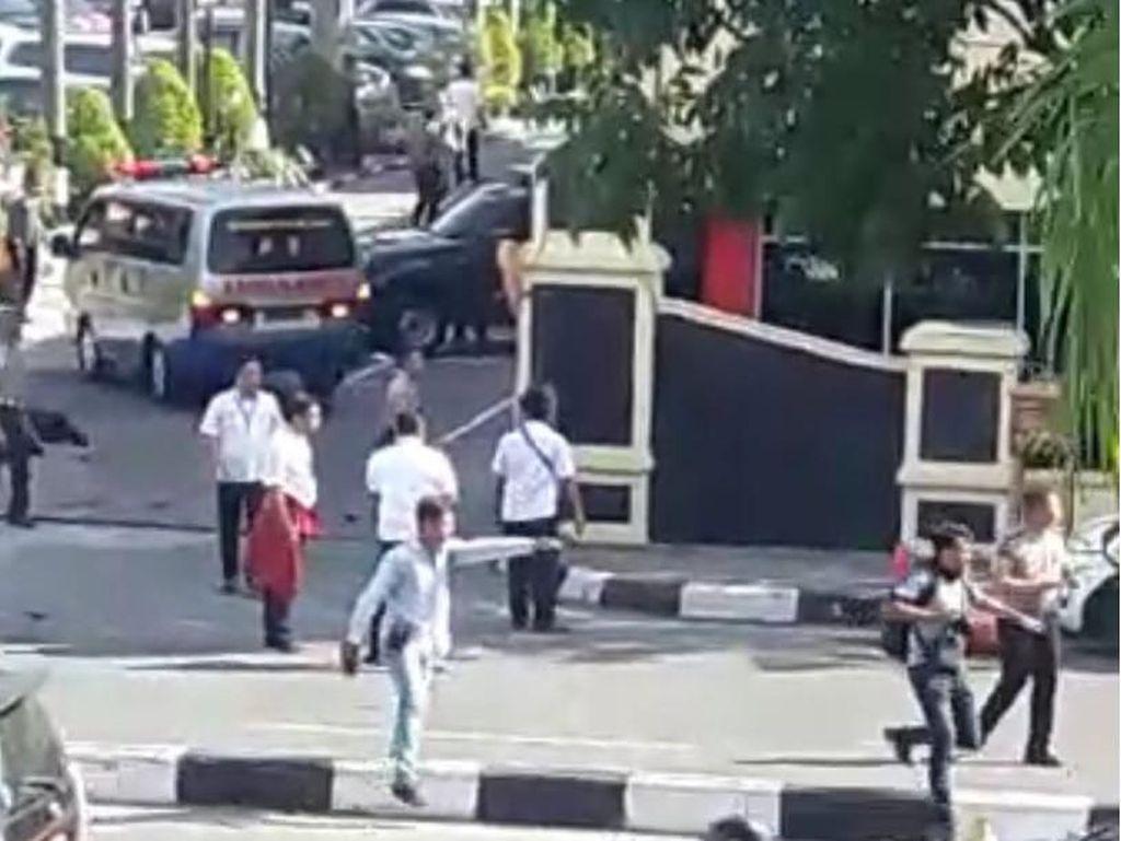 Ipda Auzar Gugur Ditabrak Mobil Terduga Teroris di Polda Riau