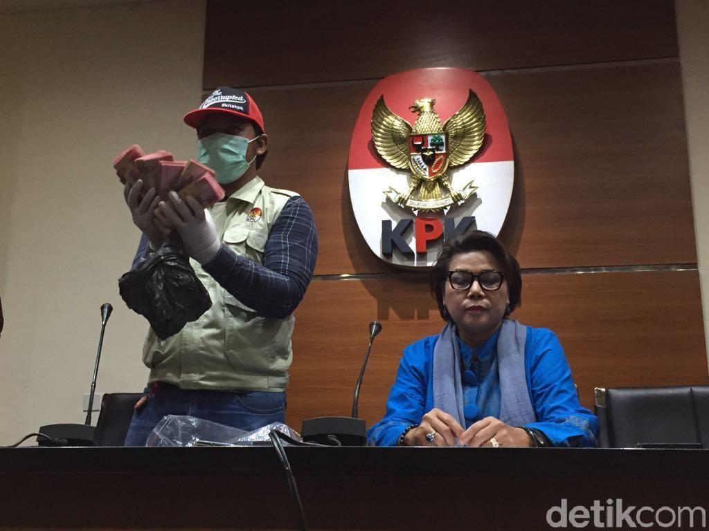 Kronologi Lengkap Bupati Bengkulu Selatan Kena OTT KPK