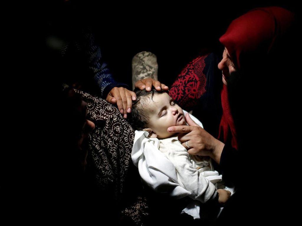 Pilu! Bayi Tewas Terkena Gas Air Mata Pasukan Israel