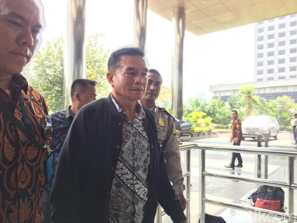 Video Bupati Bengkulu Selatan yang Kena OTT Tiba di KPK