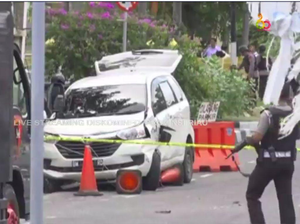 Wartawan tvOne Ditabrak Terduga Teroris di Polda Riau