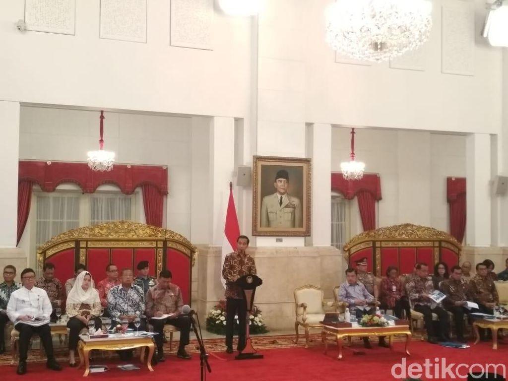 Finalkan Aturan Perizinan Online, Jokowi Kumpulkan Menteri