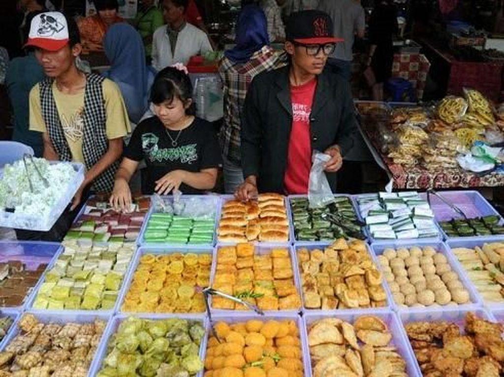 Yuk, Berburu Takjil Enak di Pusat Jajanan Ramadhan Jakarta Pusat!