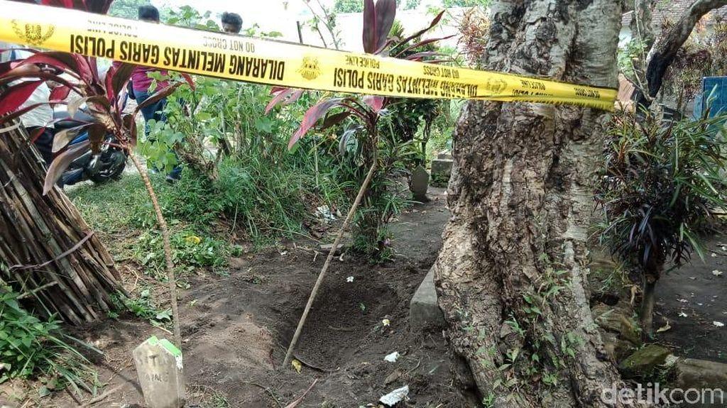 Misteri Kaki Nongol di Atas Makam Kediri Mulai Terungkap