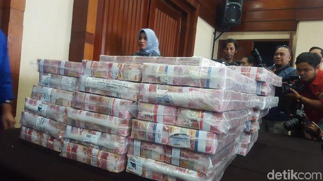 Bisa Balikin Uang Cash Rp 87 Miliar, Siapa Sebenarnya Samadikun?