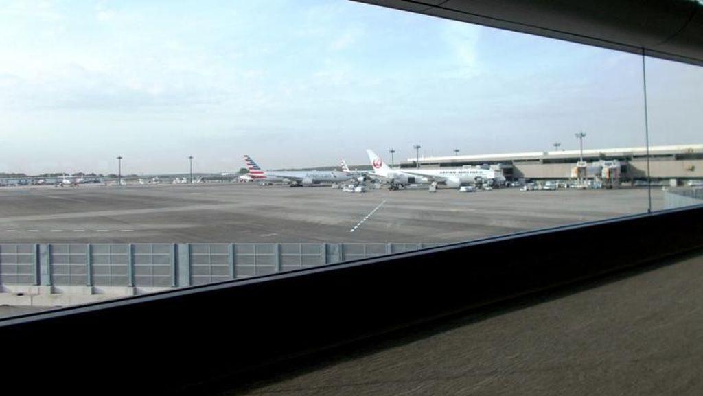 Foto: Kursi Roda Serbaguna Nan Efisien di Bandara Narita