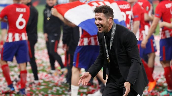 Diego Simeone bisa menjadi pelatih Timnas Argentina (REUTERS/Peter Cziborra)