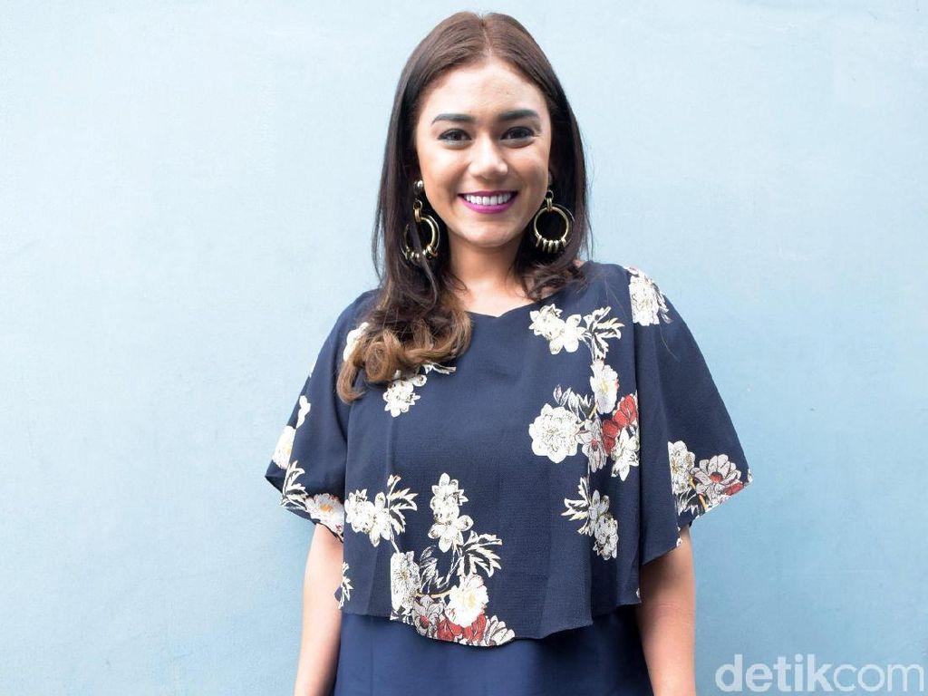 Thalita Latief Bantah Rumah Tangganya dengan Dennis Lyla Retak