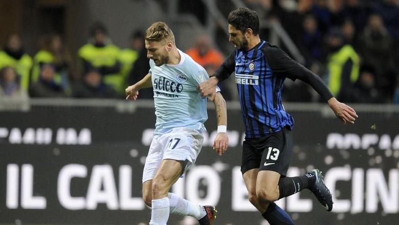 Saling Sikut Lazio dan Inter demi Tiket Liga Champions