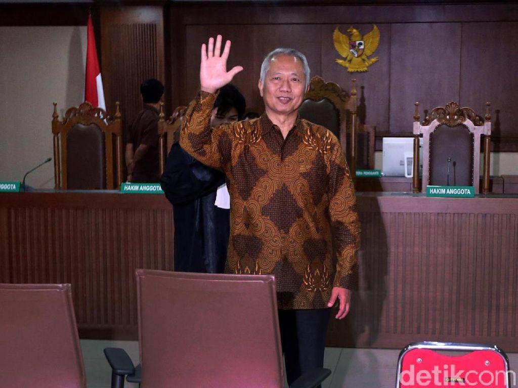 Hakim Minta KPK Kembalikan Rp 370 Juta ke Eks Dirjen Hubla