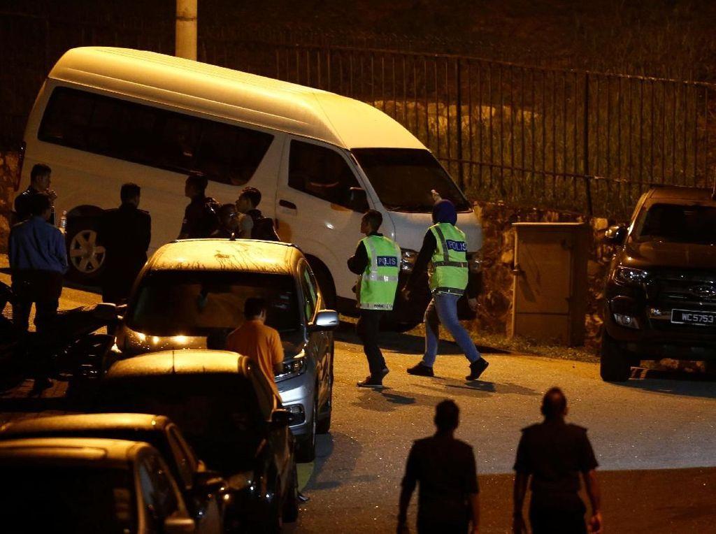 Putri Anwar Ibrahim Kritik Penggeledahan Dini Hari di Rumah Najib