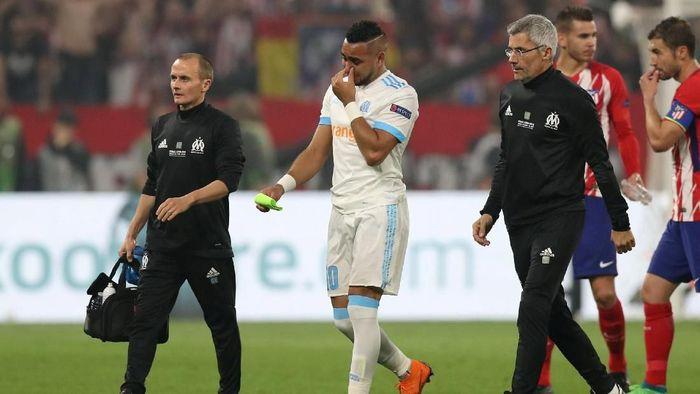 Dimitri Payet cedera saat Marseille dikalahkan Atletico Madrid di final Liga Europa (Foto: Peter Cziborra/Reuters)