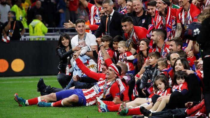Perayaan Atletico Madrid usai menjuarai Liga Europa (Foto: Christian Hartmann/Reuters)