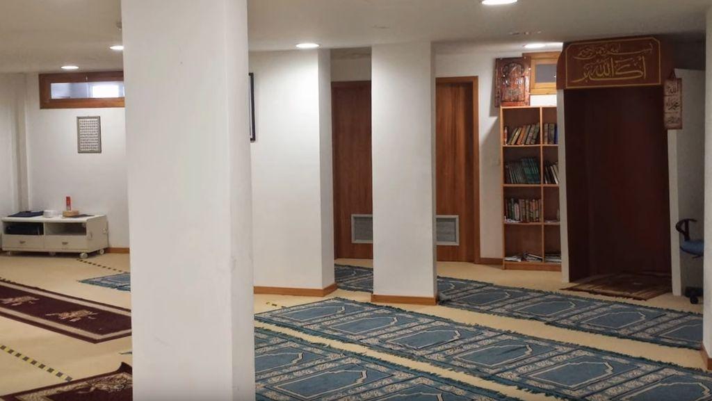 Foto: Masjid di Tanah Kelahiran Cristiano Ronaldo