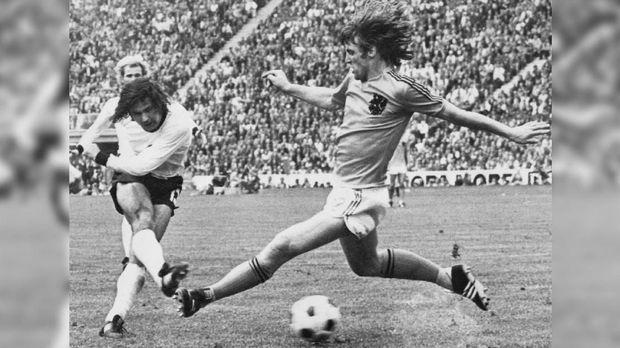 Rekor Gerd Mueller dipatahkan Lionel Messi.