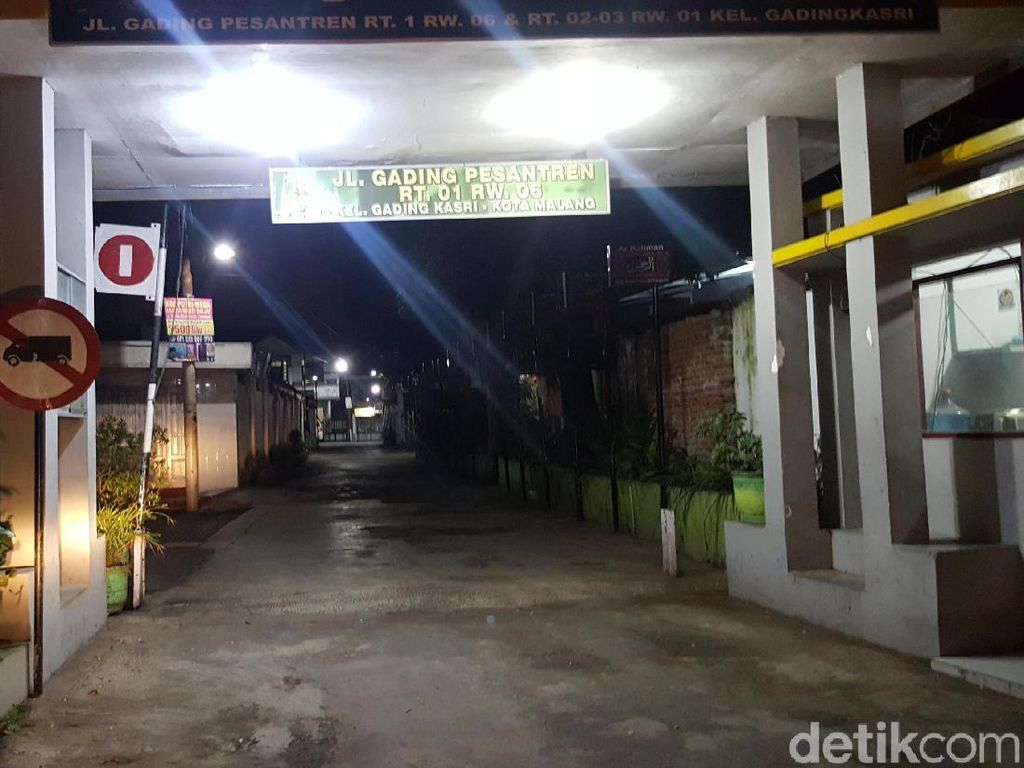 Densus Tangkap 2 Orang Diduga Kelompok JAD di Kota Malang