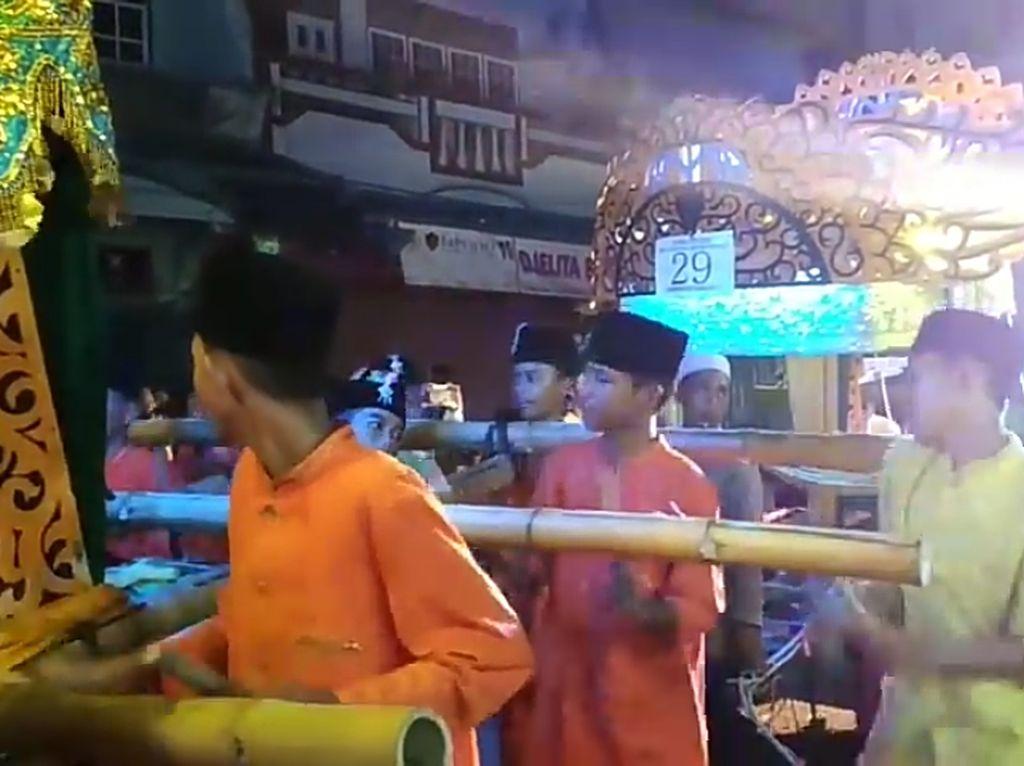 Melihat Arakan Sahur di Jambi, Festival Religi Sebulan Penuh