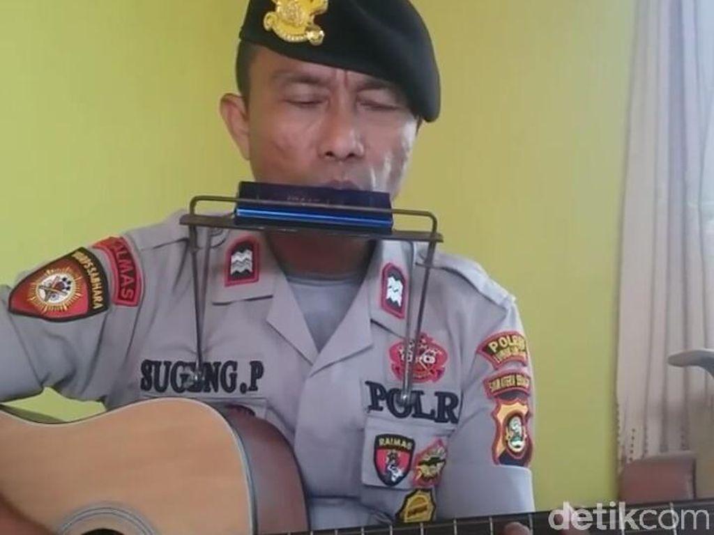 Viral Polisi Nyanyi Lagu Kecam Teroris, Ini Cerita di Baliknya