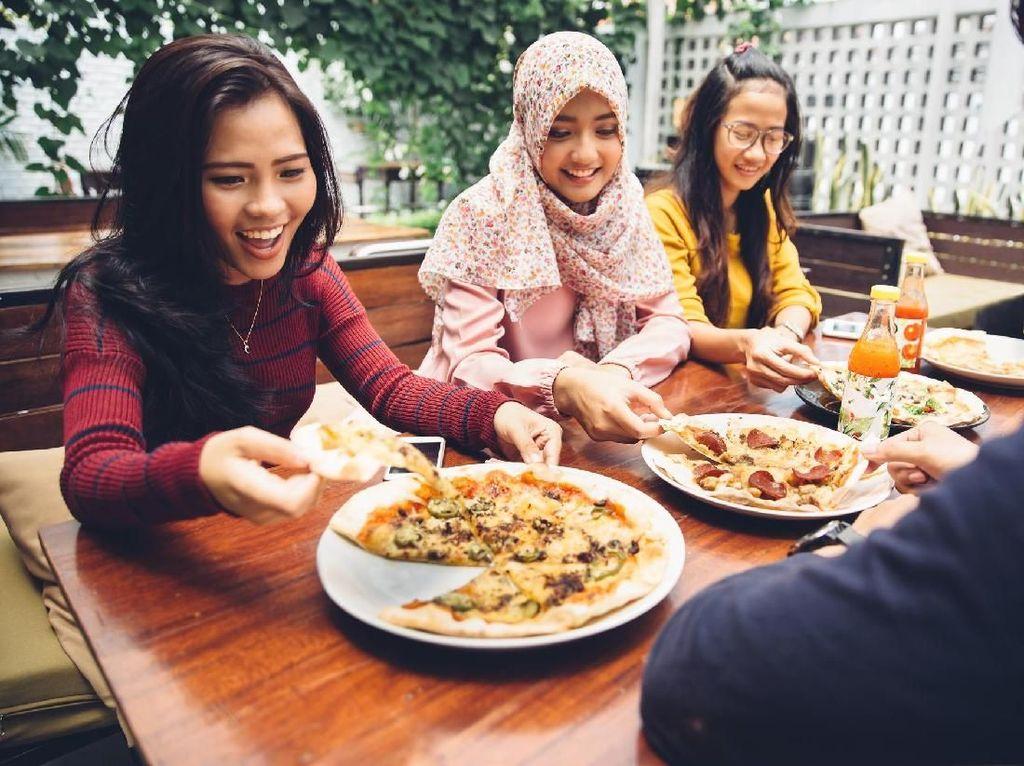 3 Nutrisi Wajib dalam Makanan Sahur Agar Kuat Puasa