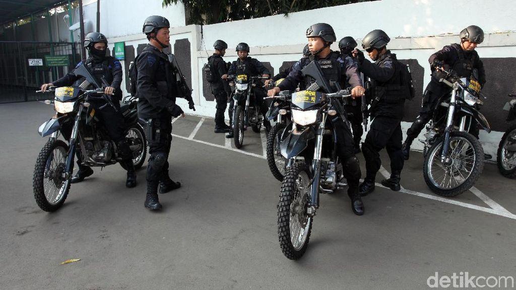 Foto: Pengamanan Diperketat di Sidang Tuntutan Aman Abdurrahman